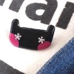 ハンドメイドアクセサリー「動物シリーズ【ネコ】ブローチ 黒ピンクほっぺ」♪