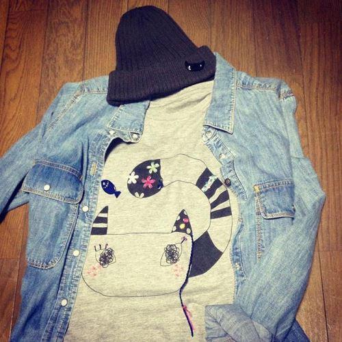猫Tシャツ「おしゃれネコ」刺繍